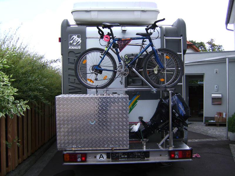 Brossbox Wohnwagen Halterung
