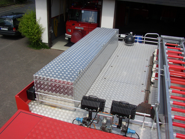 Dachbox aus Aluminium