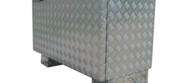 transportkiste sonderanfertigung individuelle werkzeugkiste aus aluminium brossbox. Black Bedroom Furniture Sets. Home Design Ideas