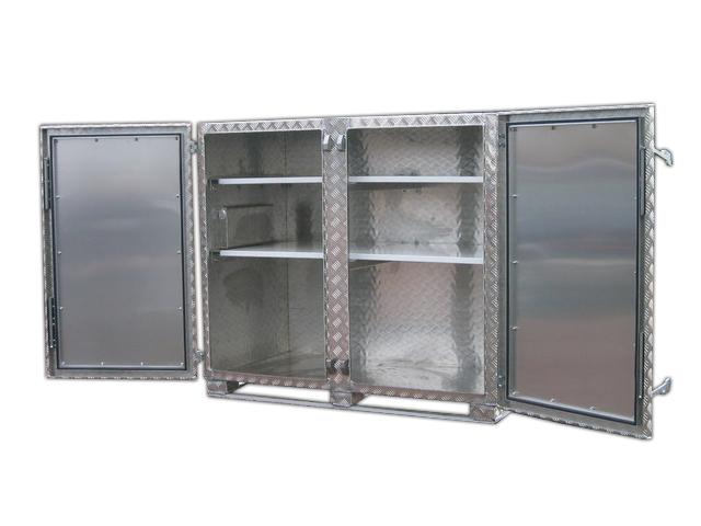 Aluminiumschrank mit Böden