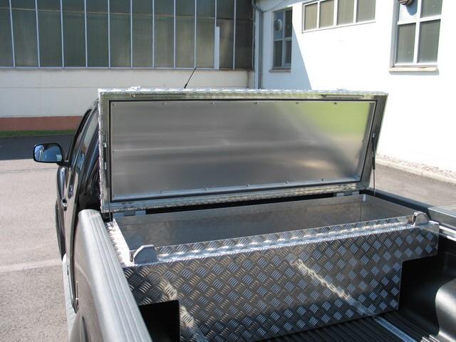 pickup box modell nissan navara 20035 11. Black Bedroom Furniture Sets. Home Design Ideas