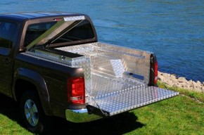 AMAROK Seitenbox links